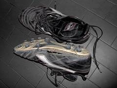 scarpe calcio rotte